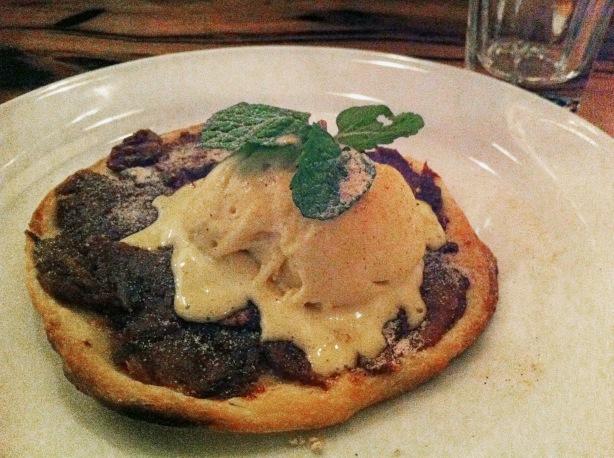 POH - Sticky pecan-date tarte tartin