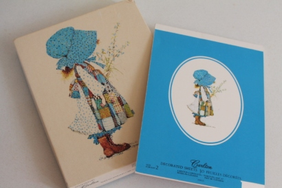 Anybody remember Holly Hobbie stationery?